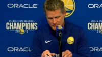 Steve Kerr uses playing cards as his latest pregame prop for Warriors news
